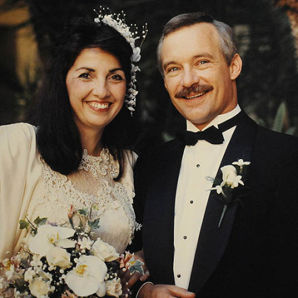 Alan and Josie Romatowski at their wedding in 1988. Mr. Romatowski has been diagnosed with early-onset Alzheimer&#039;s disease.